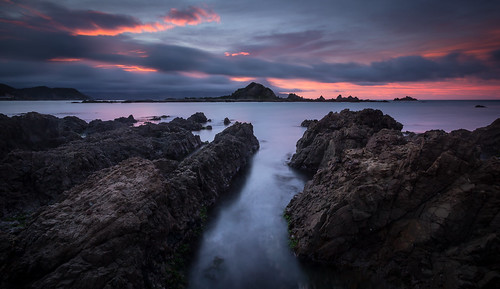 seascape blur sunrise dawn rocks moody peaceful wideangle calm wellington jagged serene channel rugged islandbay