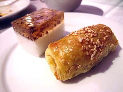 台南商務會館 母親節活動-叉燒酥1