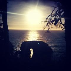 #Sunset at Arch Rock on the Oregon Coast #roadtrip #OregonCoast #US101