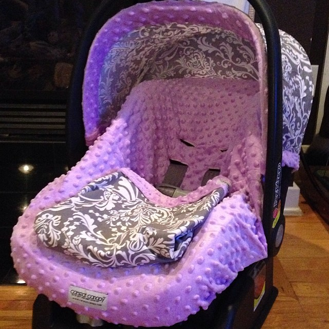 Peg Perego infant carseat with Canopy Cover in lavender