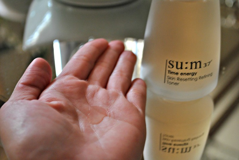 su:m37 energy skin resetting toner review korean luxury cosmetics