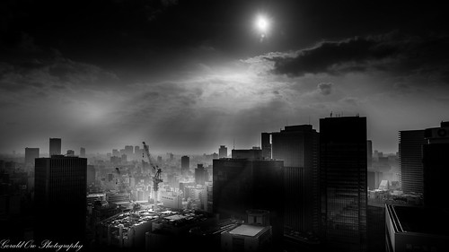 black white sony a7r2 a7rii fe 2470mm f28 gm hotel granvia osaka japan bw sunrise clouds ngc geraldow ilce7rm2 skyline city 日本 大阪市