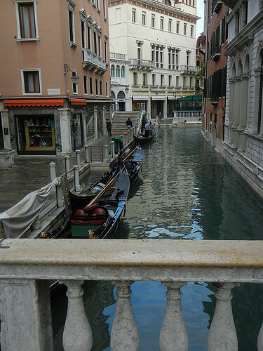 DSCN1378 - Gondola in Venice, October 2012
