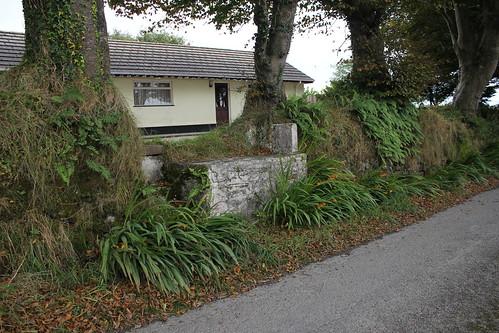 Stondin Laeth, Talywerydd, Tresaith