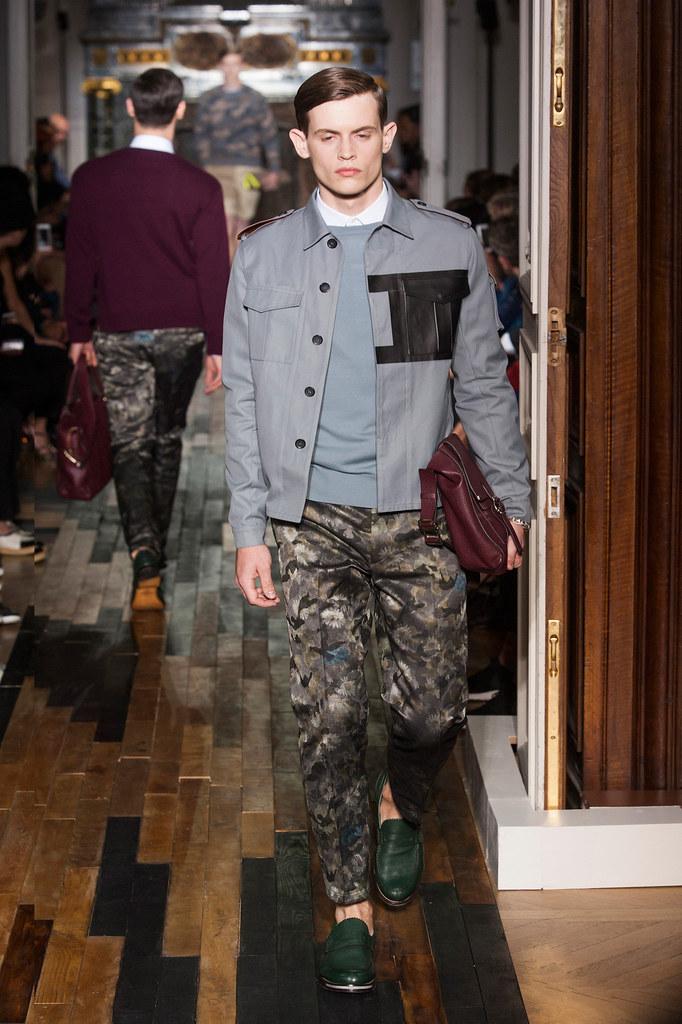 SS14 Paris Valentino020_(fashionising.com)