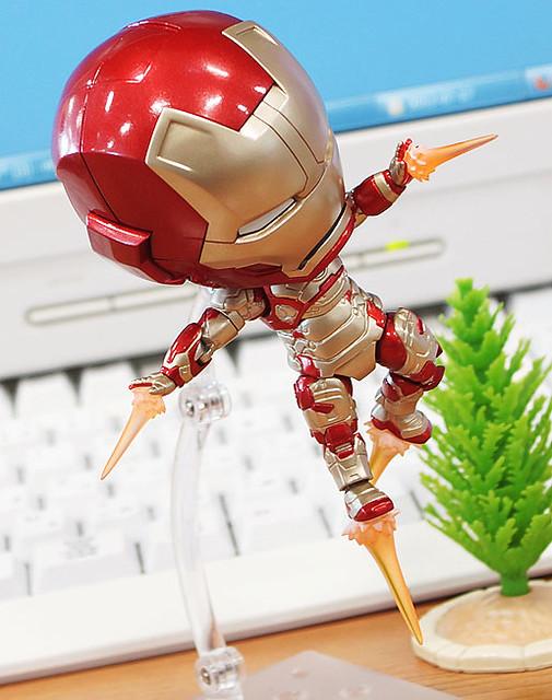 Nendoroid-Iron-Man-Mark-42-Hero-Edition-04