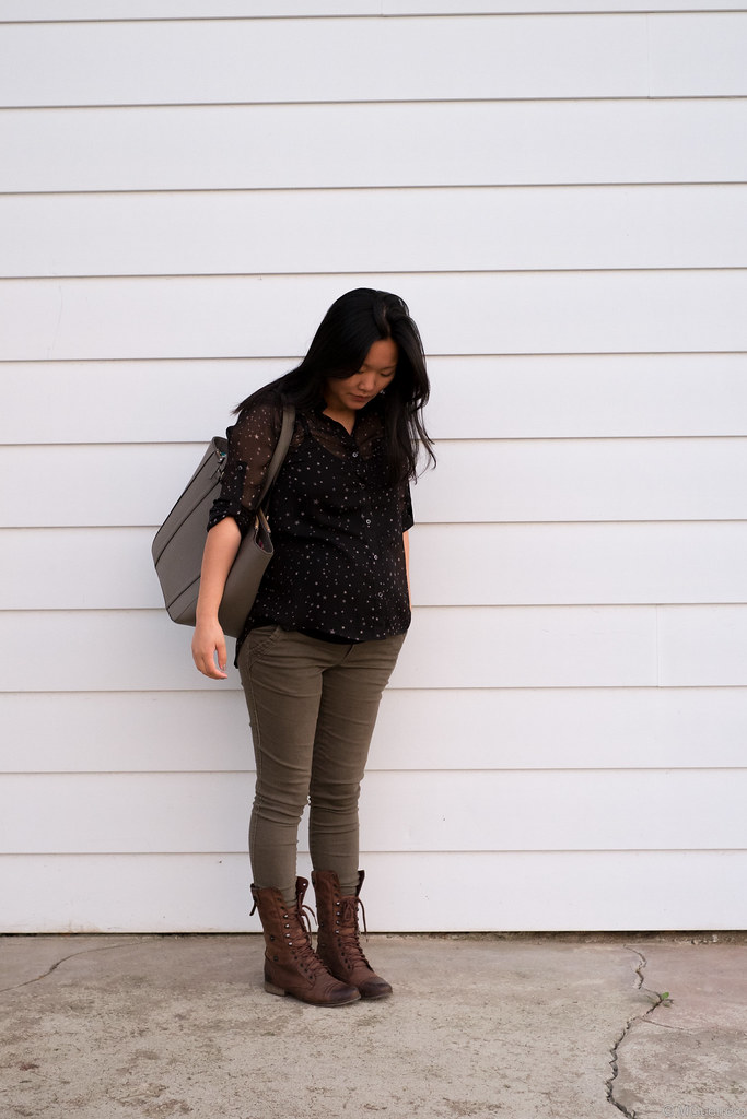 Express star blouse, Old Navy maternity skinny jeans, Steve Madden combat brown boots, Kate Spade purse