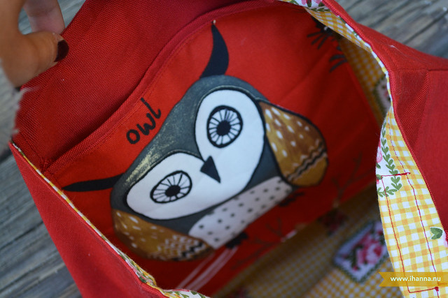 Moms tote with Owl Pocket