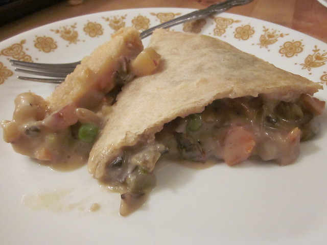Daring Bakers October: Double-crusted savory pot pie