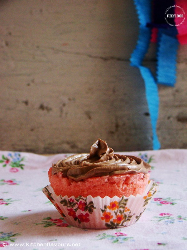 Eggless Microwave Strawberry Muffins & Cake with Chocolate Buttercream Icing