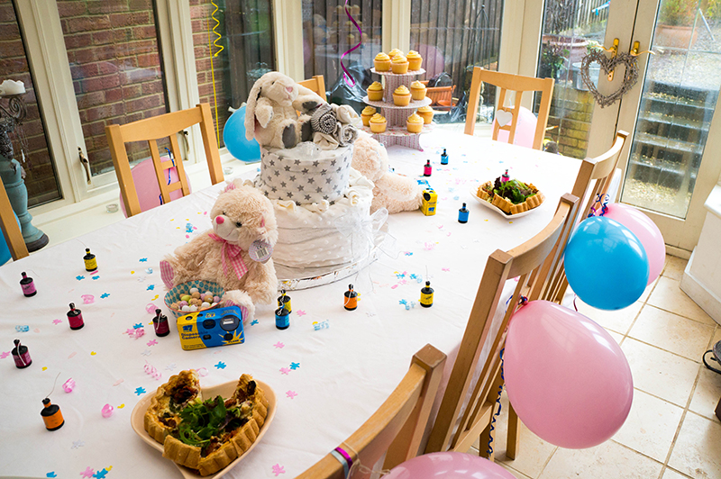Little Sister's Baby Shower - Table | www.latenightnonsense.com