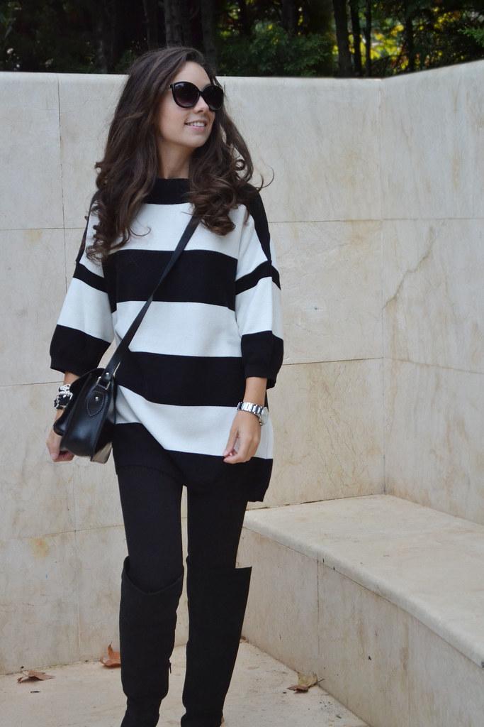 Jersey blanco y negro de rayas