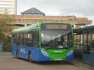 Thames Travel 503 on Route 108, Bracknell