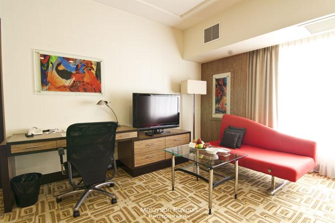 deluxe-single-room-holiday-villa-hotel-suites-subang
