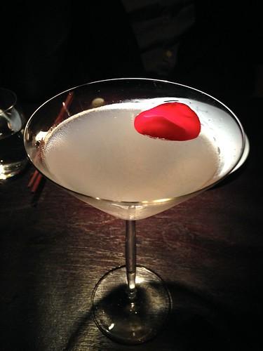 hakkasan-lychee-martini