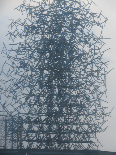 "Anthony Gormley's ""Quantum Cloud"""