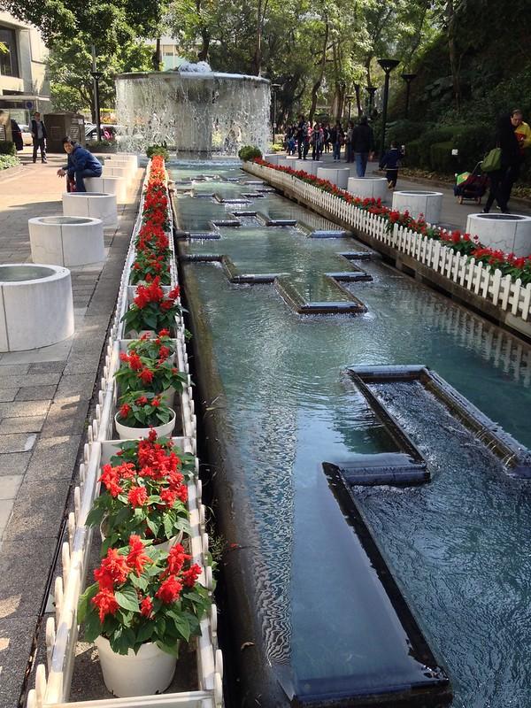 Smart design - notice water flow