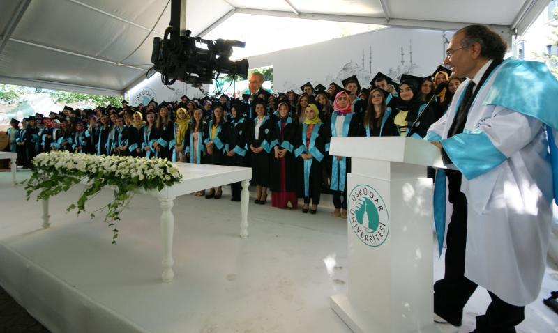 Üsküdar Üniversitesi ilk mezunlarını verdi 2