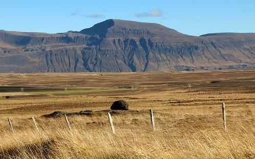 jörundarfell vatnsdalsfjall vatnsdalur húnavatnssýsla húnaþing mountain landscape october 2016 iceland