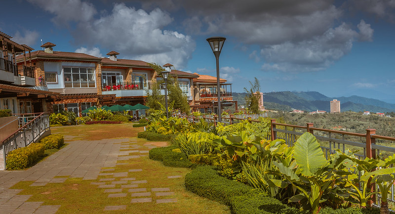 The Vineyard Shopping Village at Twin Lakes, Tagaytay, Philippines