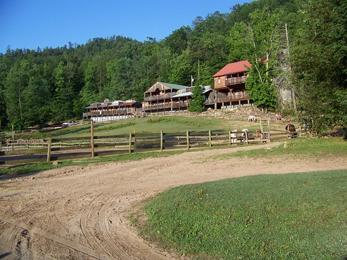 The lodge and lodge pasture