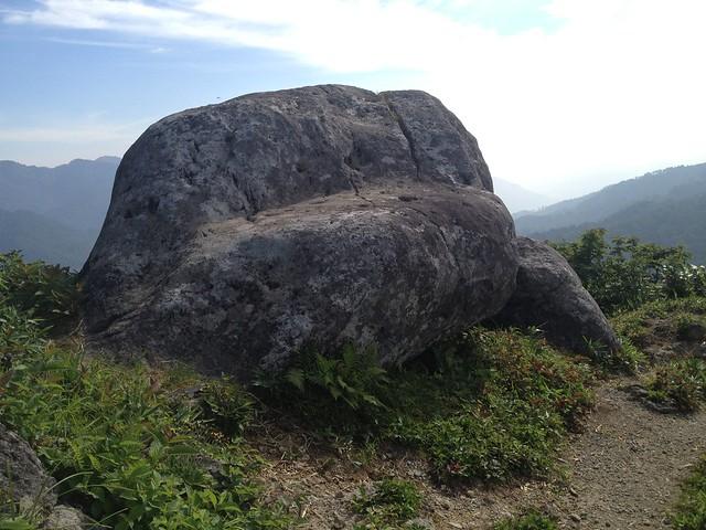 白山 美濃禅定道 母御岩