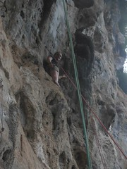 pit cave(0.0), adventure(1.0), individual sports(1.0), sports(1.0), recreation(1.0), free solo climbing(1.0), outdoor recreation(1.0), rock climbing(1.0), sport climbing(1.0), extreme sport(1.0), climbing(1.0),