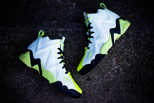 Reebok Kamikaze II Mid � Glow In the Dark Colorway