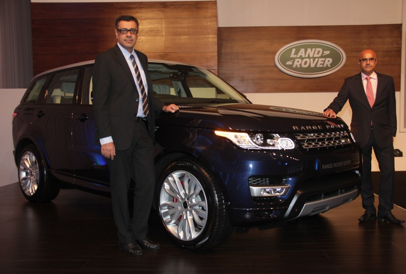 Mr. Rohit Suri, Vice President, Jaguar & Land Rover India and Mr. Del Sehmar, Head of PR and Communications with the 2014 Range Rover Sport