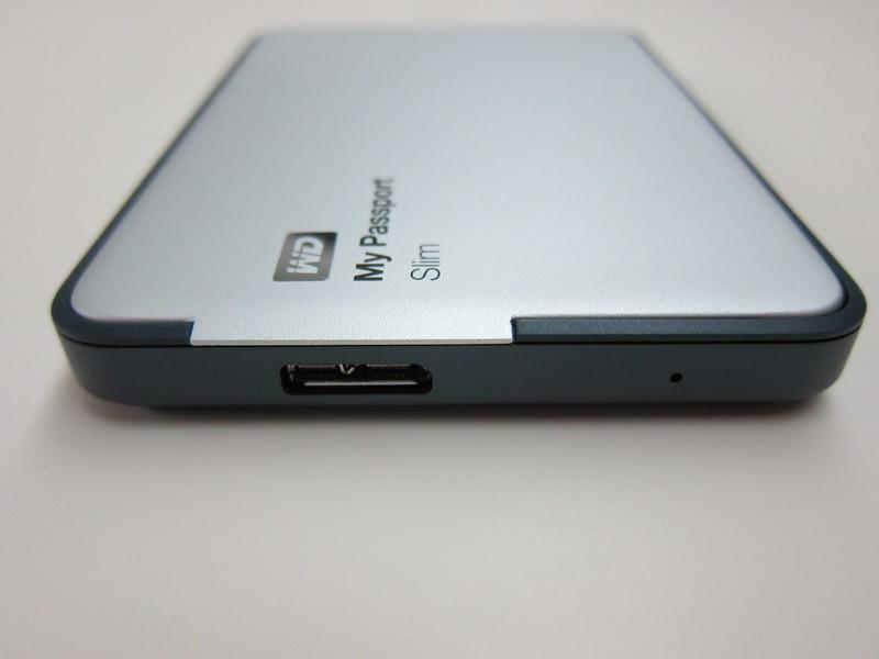 Western Digital My Passport Slim (1TB) - USB 3.0 Port + Power Indicator
