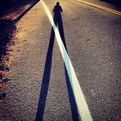 Shorter days, longer shadows.  #fall#running