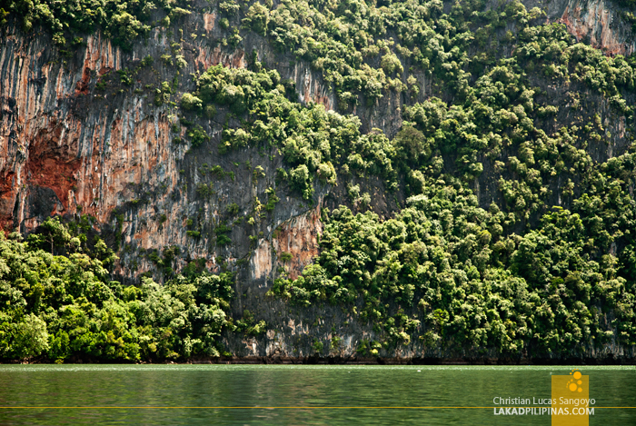 Beautiful Limestone Rocks at Thailand's Phang Nga Bay