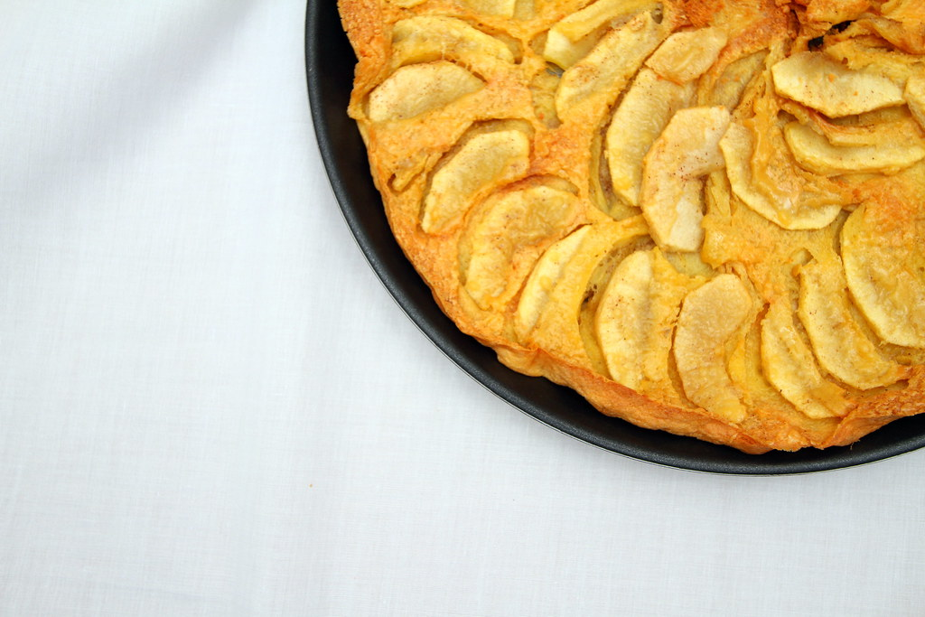 Samsung Smart Oven Brunch: Apple Oven Pancake
