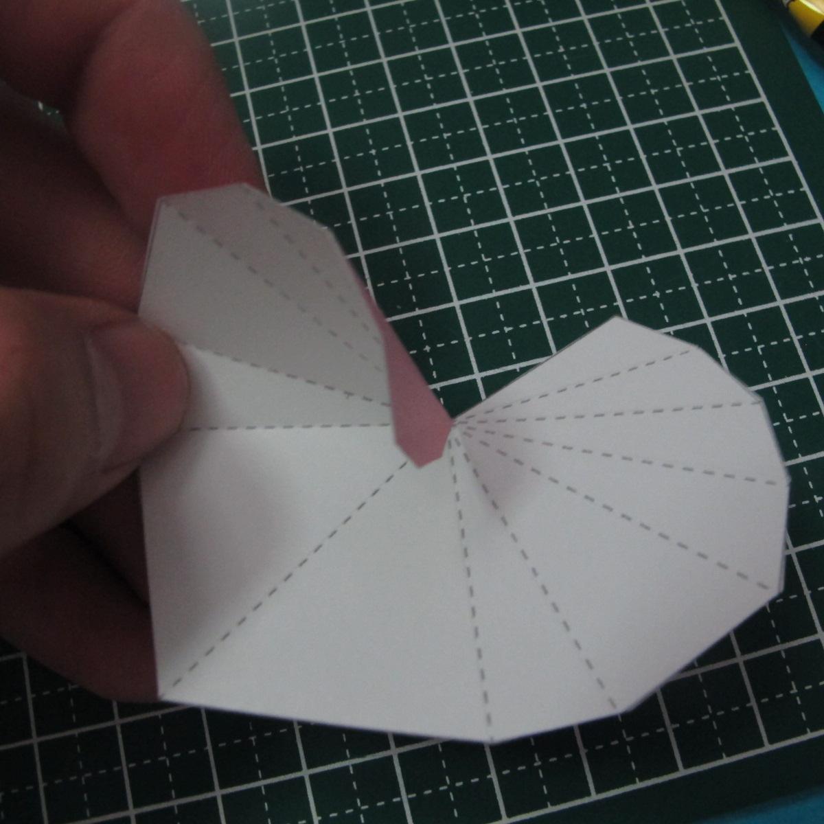 วิธีทำของเล่นโมเดลกระดาษรูปหัวใจ 004