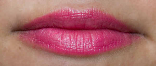 Maybelline Color Sensational Vivids Lipsticks - 910, Shocking Coral