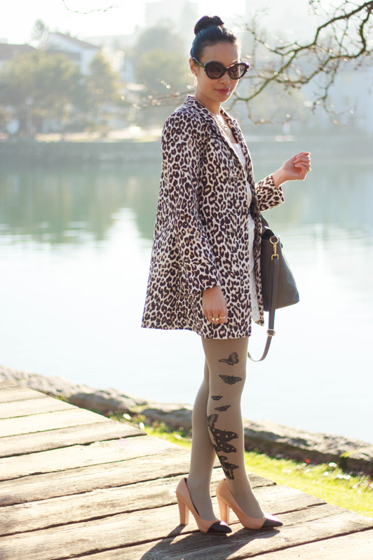 H&M leopard print coat, Aritzia Babaton Fleetwood dress, Zohara printed tights, Danier Mackenzie leather satchel, Zara cap toe pumps, Prada minimal baroque sunglasses