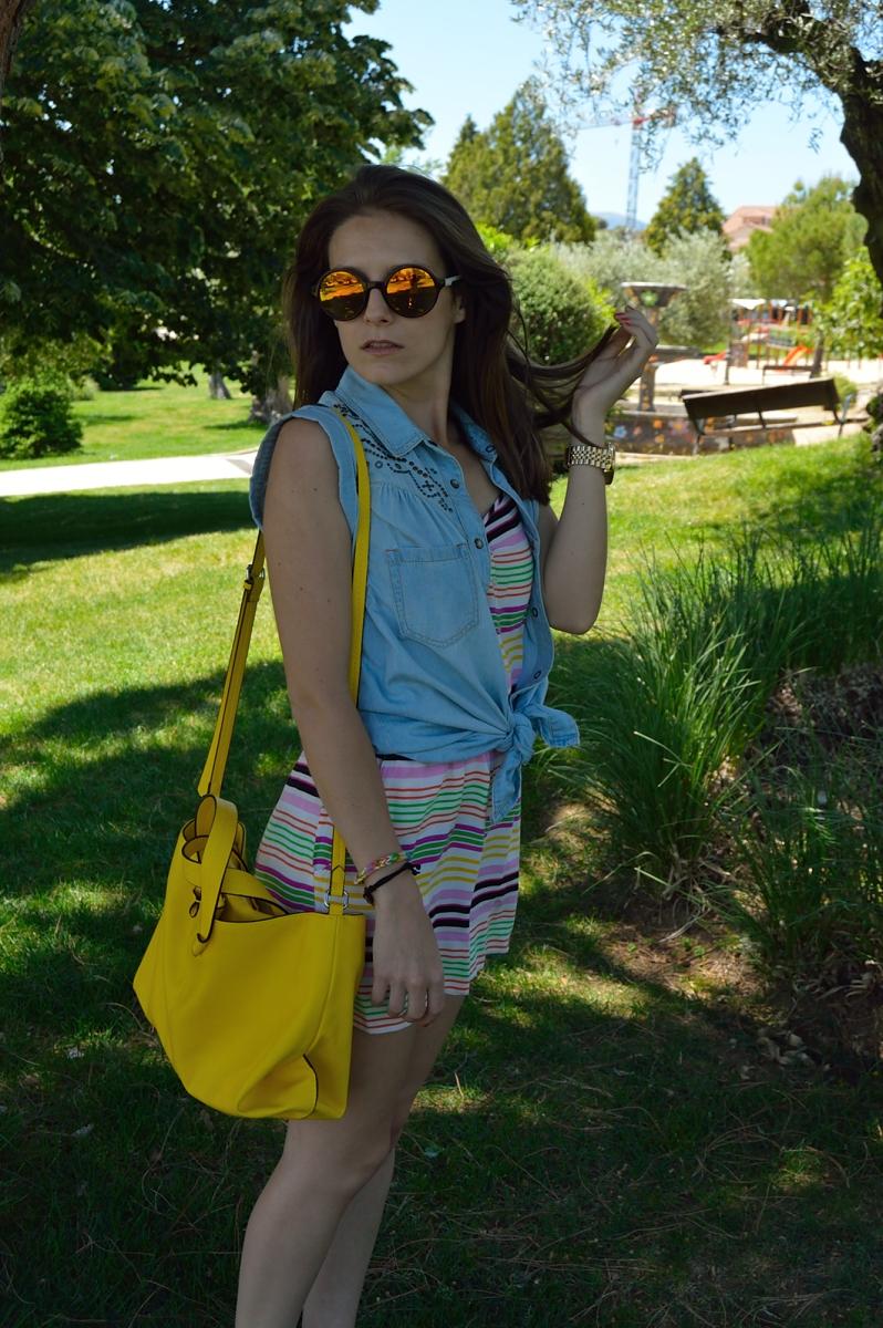 lara-vazquez-madlula-blog-spring-fashion-jumpssuit-happy-moments-yellow-bag