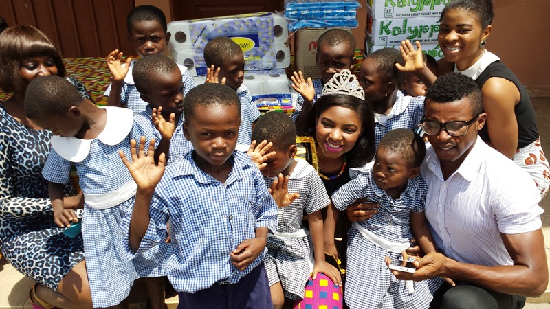 Miss Ghana UK 2013 Donates to Osu Children's Home