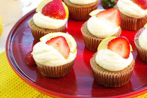 Strawberry Lemonade Cupcakes #SundaySupper