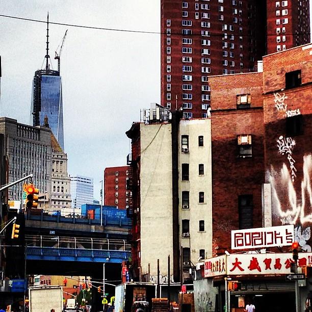 Chinatown #pbinstacagematch #imagesforyoursenses #nyc #newyorkcity #chinatown #freedom #freedomtower