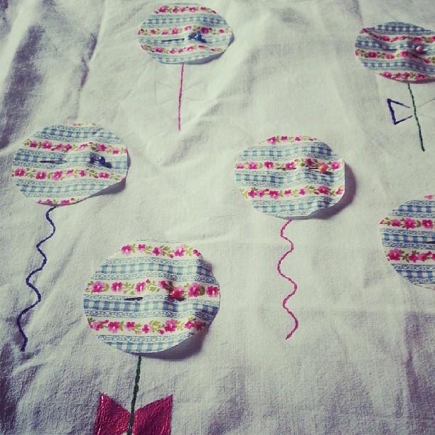 J'essaye de créer en gérant 4 enfants. ....#blog #blogueuse #ourlittlefamily #france #couture #creation #ballon #sac