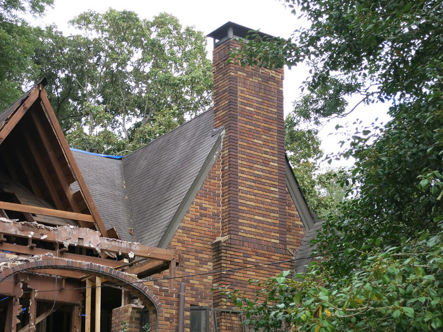 IMG_5571-2013-09-29-1041-Greencove-renovation-Mark-Arnold-WIP-brick-chimney