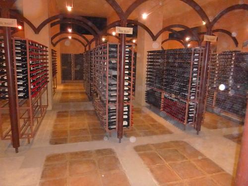 Cementerio: Lugar donde esta una botella de cada vino elaborado por la Bodega