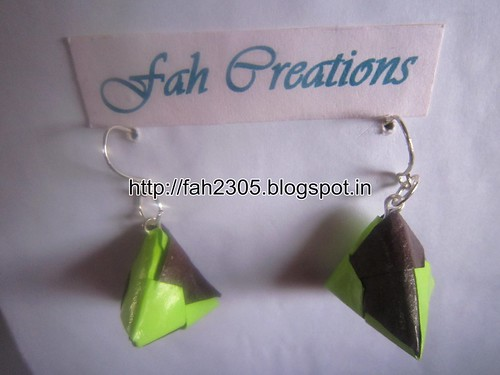 Handmade Jewelry - Origami Paper Triangle Earrings (1) by fah2305