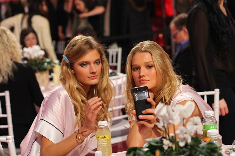 2013 Victoria's Secret Fashion Show  001