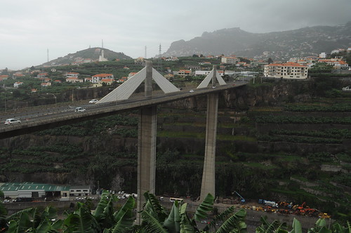 Via Rapide bridge over the Socorridos valley