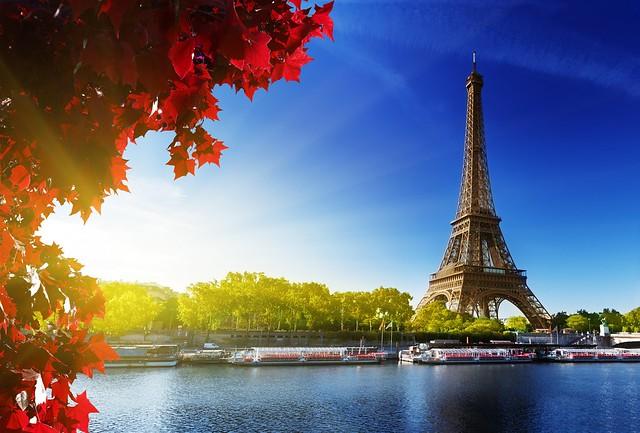 París. La torre Eiffel.
