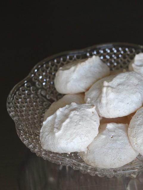 Coconut Macaroons (Meringues)