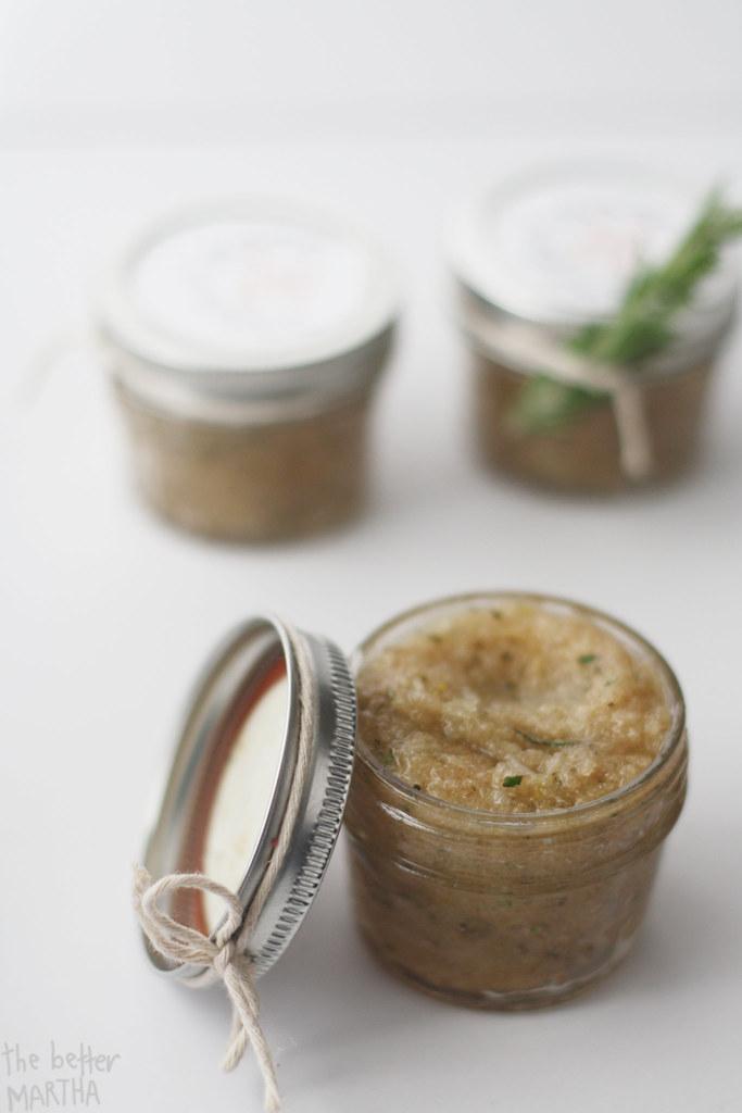 Open Jar Scrub