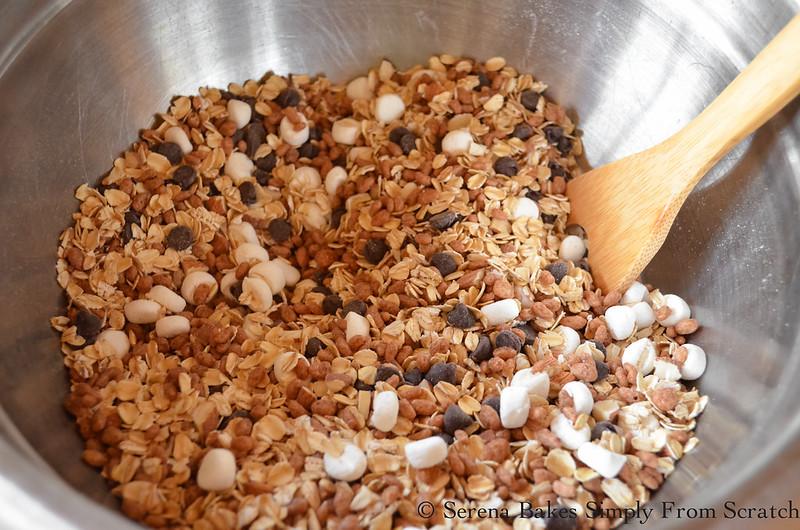 Gluten-Free-No-Bake-S'mores-Granola-Bars-Mix.jpg